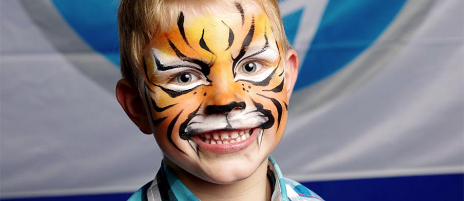 Kinderschminken & Glitzer-Tattoos von Knallfrosch Kinderevents Köln